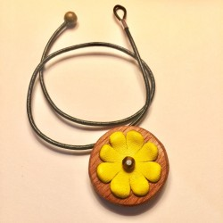 Colgante Flor amarilla