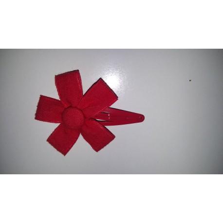 Clip flor lino roja