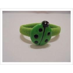 Goma bebé mariquita verde